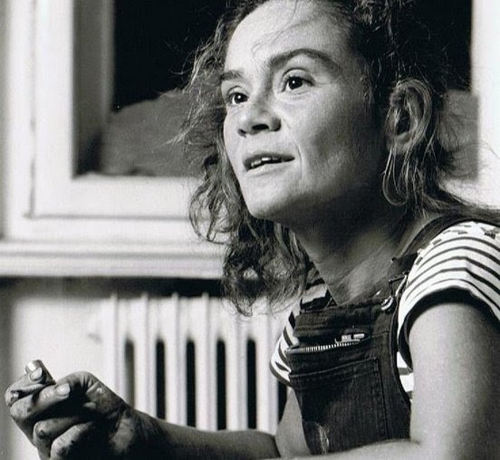 Künstlerin Etelka Kovacs-Koller 1989 in ihrem Atelier